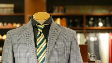 エルメス ネクタイの魅力|年代別おすすめの柄