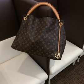 【LOUIS VUITTON】アーツィー