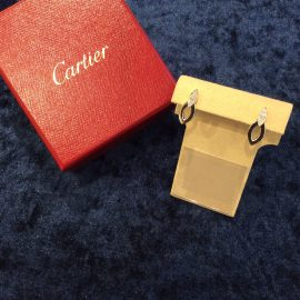 SUMMER SALE特価!!【Cartier】デリスピアス
