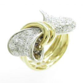 新入荷☆リボンパヴェダイヤモンドリング