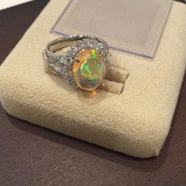 オパールダイヤモンドリングのご紹介★KOMEHYOあべの店