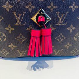 【ルイ ヴィトン】人気のフリンジ付きバッグ「サントンジュ」