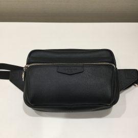 LOUIS VUITTONのバッグ 買取しました! KOMEHYO京都新京極店