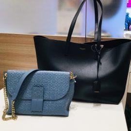 沢山入るバッグもお出かけバッグも広島本通店にございます。