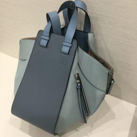 【ロエベ】ハンモック 流行りのバッグもぜひ梅田店へ!