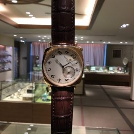 【ヴァシュロンコンスタンタン】銀座店 ちょっと面白い時計