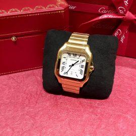 【Cartier】銀座店 ストラップに簡単に交換ができる—サントス ドゥ カルティエ