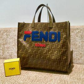 【フェンディ  】魅惑のコラボ! FENDI×FILA トートバッグ