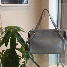 【あべの店】ヴァレンティノガラヴァーニ☆バッグ