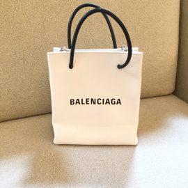 【名古屋本店】まるで紙袋?!なバレンシアガ