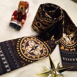【青山店 ルイ・ヴィトン】可愛いモノグラム柄スカーフ!!