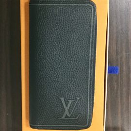 【買取センター横浜西口店】ルイヴィトン財布買取しました。