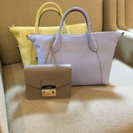 【名古屋本店】半額以下⁈ FURLAのバッグがお買い得!