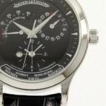 【時計の名作を知る】ジャガールクルト「マスターブラック ジオグラフィーク」
