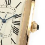 カルティエの時計、なぜ文字盤の数字が「Ⅳ」ではなく「IIII」?
