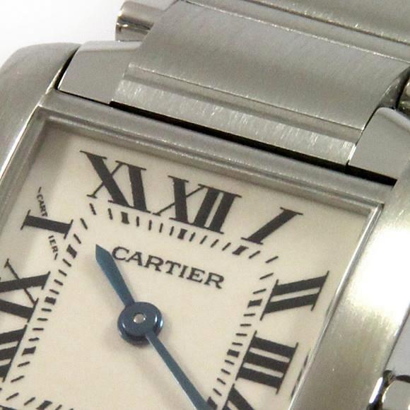 """978f9baffe 一部のモデルを除いて、カルティエの時計の""""顔""""と言えば、「ローマ数字のアワーマーカー」をもつ文字盤です。せっかくカルティエウォッチを手に入れるなら、この""""顔""""で  ..."""